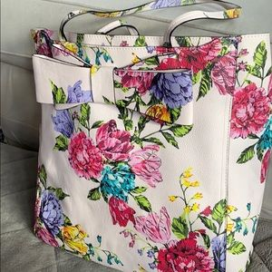 Pink floral Betsy Johnson tote